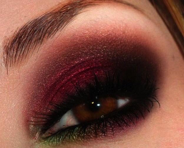 make-up-occhi-vinaccia-e-verde-dorato-per-capodanno