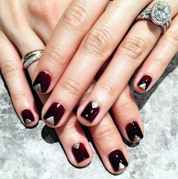 nail-art-borgogna-e-oro-per-capodanno