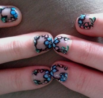 Flower french nail art