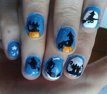 Halloween nails: witches and cats