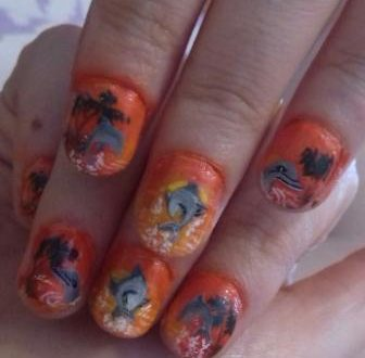 Dolphins nails