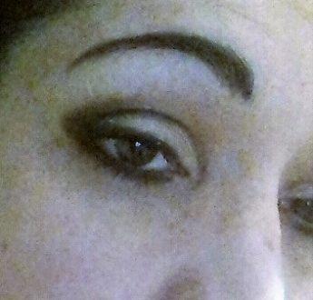 Black graphic night makeup