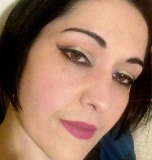Bright Neve makeup