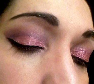 Kiss of a rose makeup