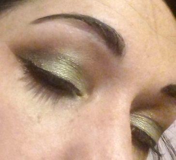 Chocolate and mint makeup