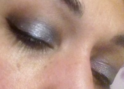 Holo violet makeup