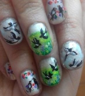 Swallows nails