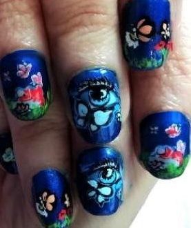Magic butterflies nails