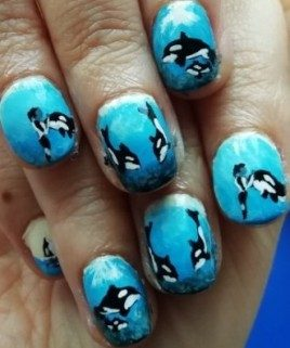 Sweet killer whales nails
