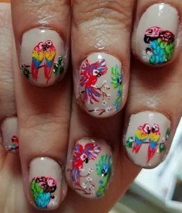 Tropical parrots nails