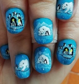 Polar friends nails