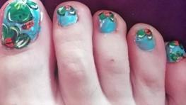 ladybugs and clovers feet