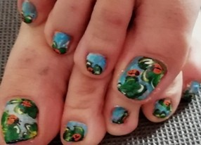 clovers nails