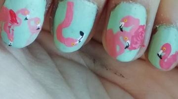 flamingos nail art