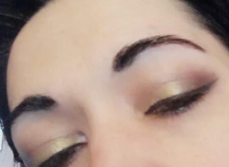 Green duochrome makeup
